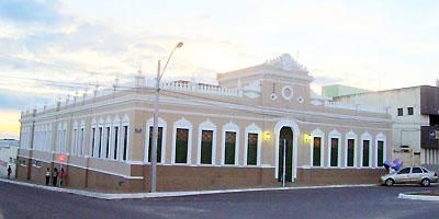 Prefeitura de Conquista decreta ponto facultativo nos dias 24 e 31 de  dezembro - Blog da Resenha Geral